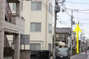 この通りを直進します。左に『葛飾健診センター』があります。